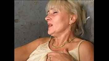 Imagen Analsex mit einer Oma mit großem Arsch