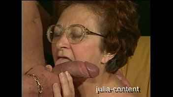 Imagen 70 Jahre alte Frau von einem jungen Mann gefickt